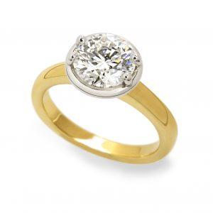 Luna Diamond Ring