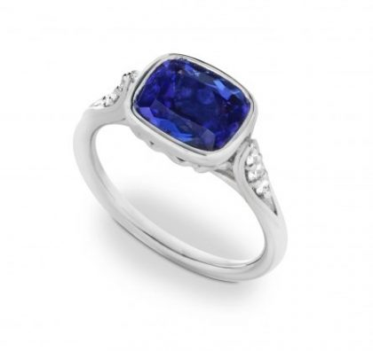 Tanzanite Concerto Ring in Platinum