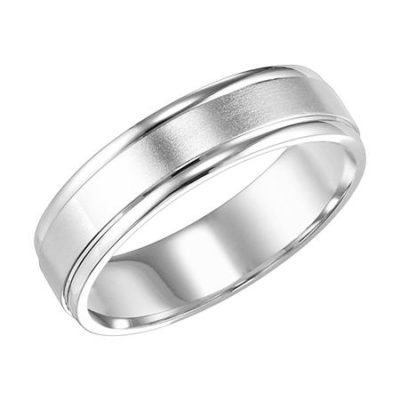 Brushed center Platinum band