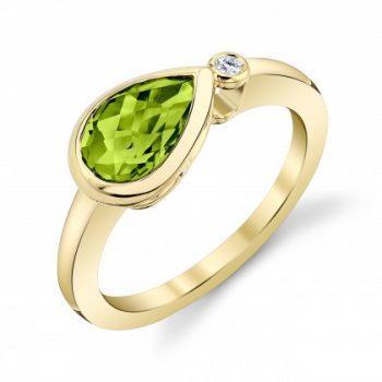 Sideways pear peridot ring