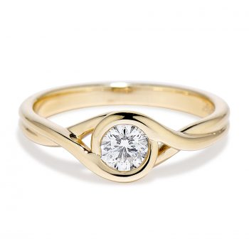 Brown Goldsmiths Petite Embracxe ring in all 14k yellow gold 030553