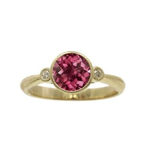 Rhodolite 14kt Yellow Gold Ring with Diamonds