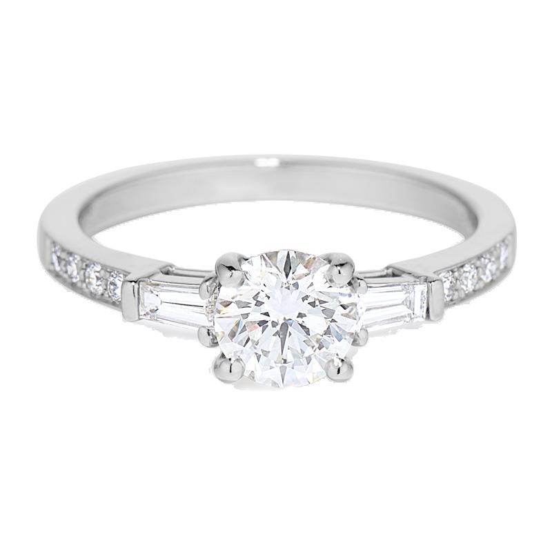 030568 - Platinum Diamond Engagement Ring